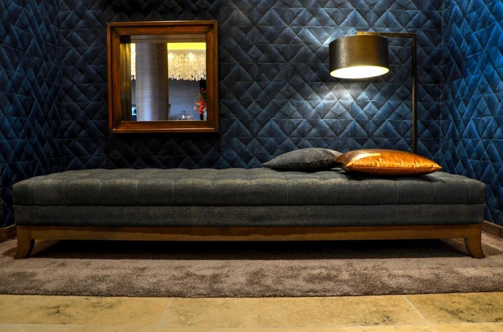 hotel-bed-bedroom-room_(2)