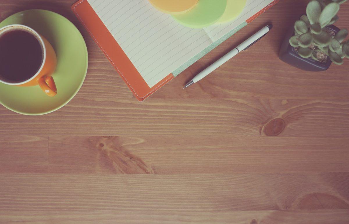 Brighten your workspace with a desk canvas